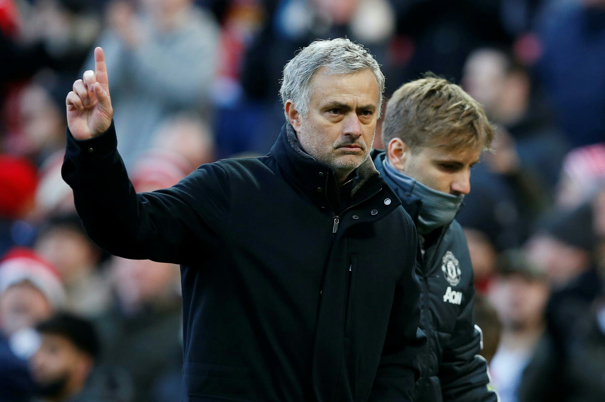 Mourinho aims sly dig at Chelsea