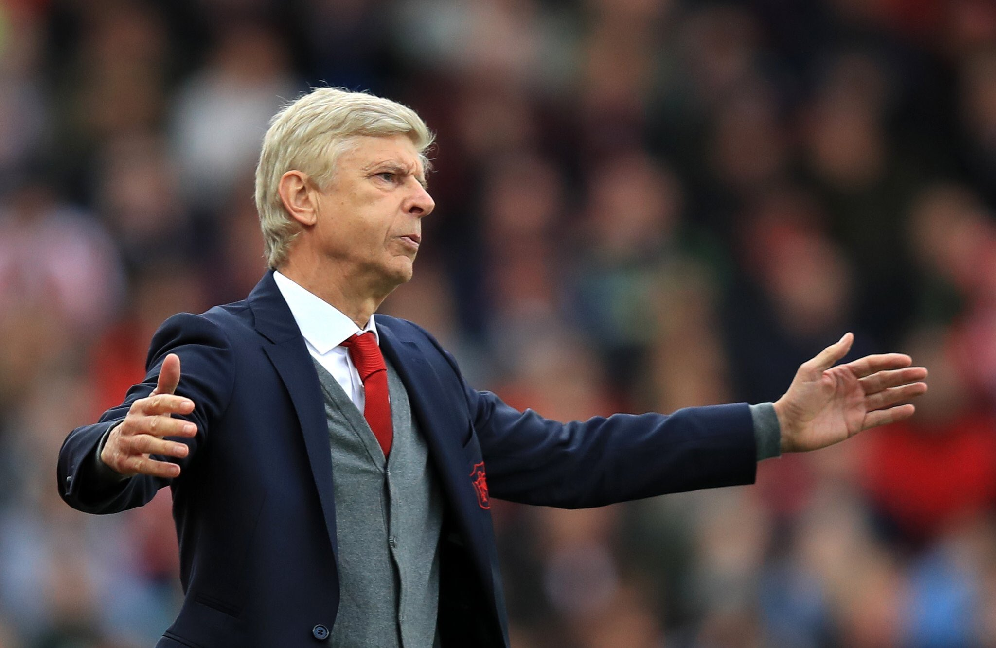 Wenger set to be offered job at rival club