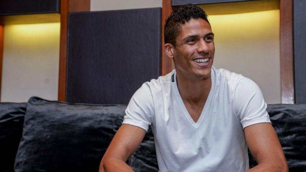 Varane sends message to United over summer transfer