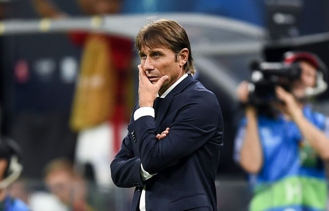 Antonio Conte blasts referee for lack of 'respect' towards Inter players in Barcelona defeat