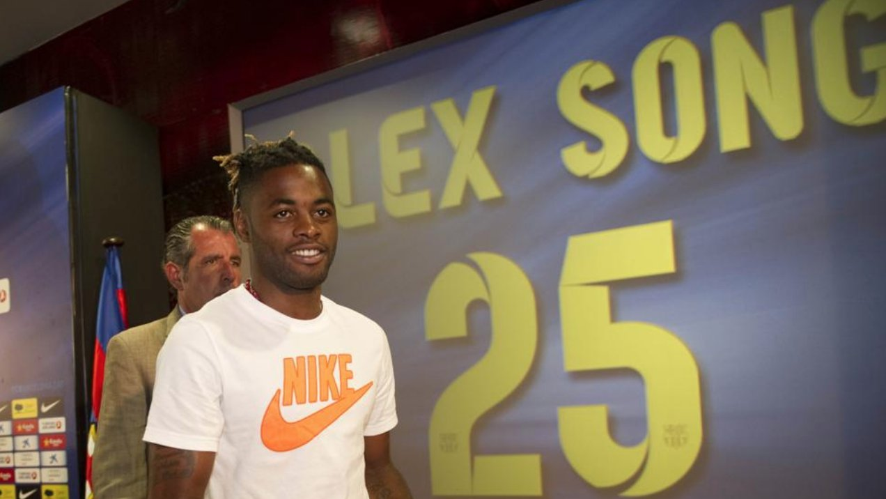 'I left Arsenal for Barca for money and 'didn't give a f***' about playing' – Alex song