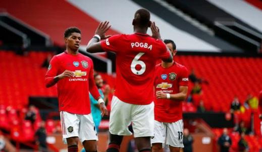Pogba drops huge hint over Man Utd future amid Solskjaer contract talk
