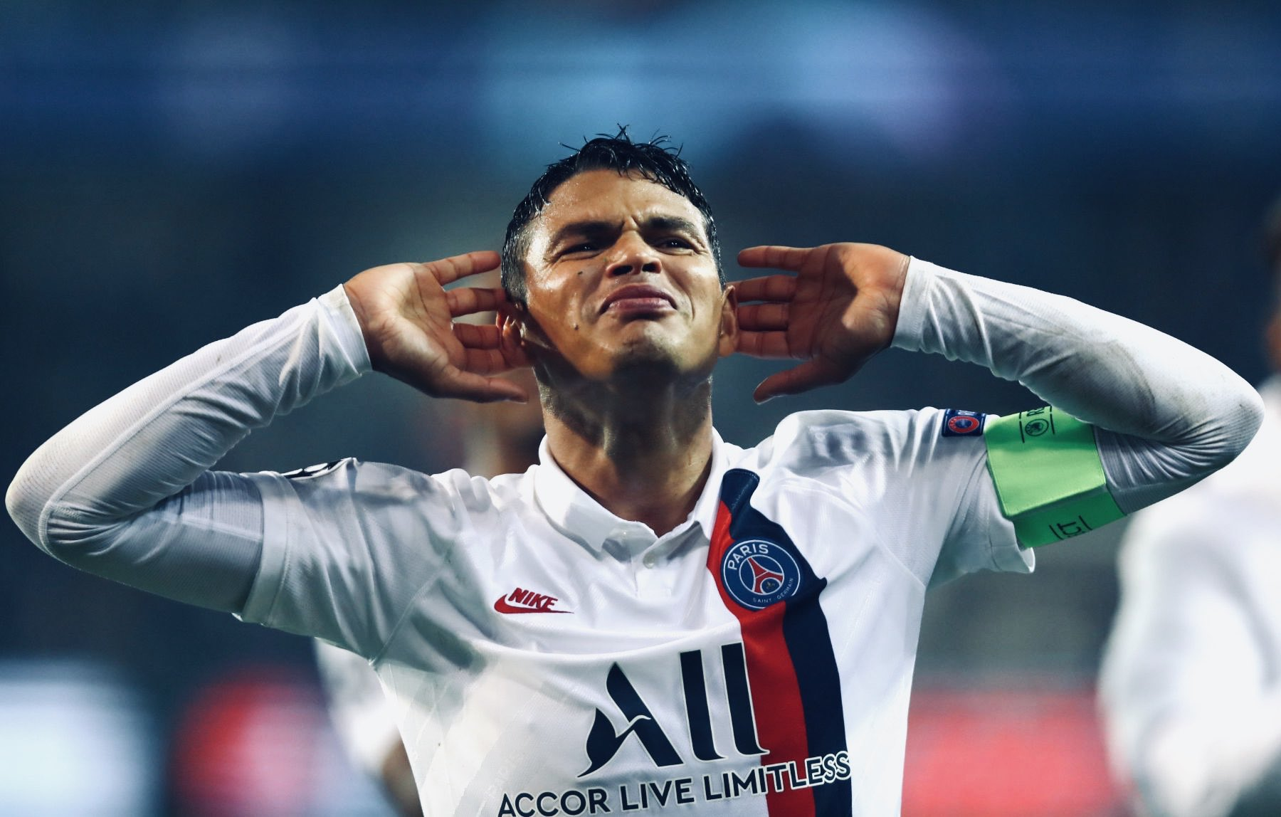 Frank Lampard offered chance to sign Thiago Silva