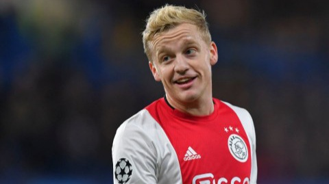 Van de Beek reveals Tottenham star asked him to reject Man Utd move