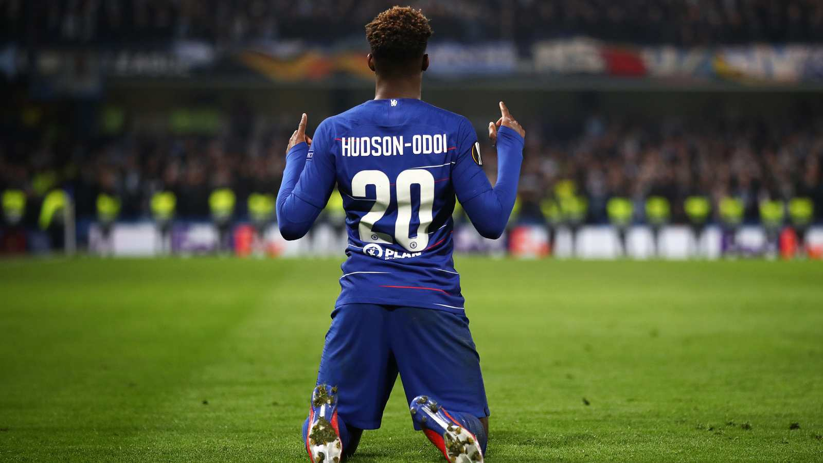 Hudson-Odoi set to leave Chelsea for Bayern as part of Lampard's squad reshuffle