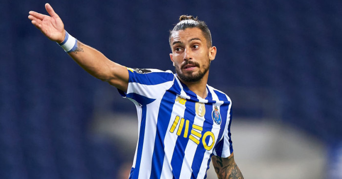 Alex Telles intervenes in negotiations to force through a move to Man Utd