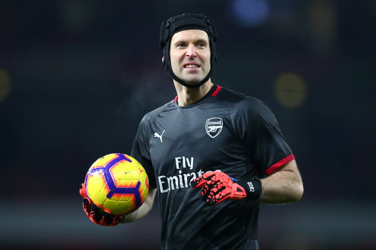 Lampard explains why Petr Cech was included in Chelsea's Premier League squad