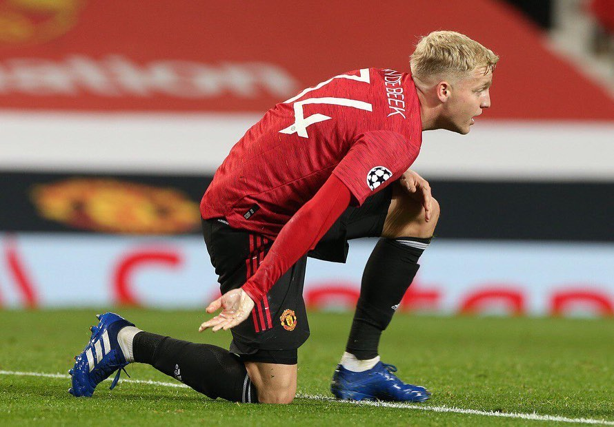 Van de Beek sends message to Solskjaer about lack of game time
