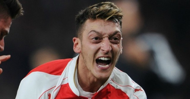 Mesut Ozil receives £8m loyalty bonus from Arsenal