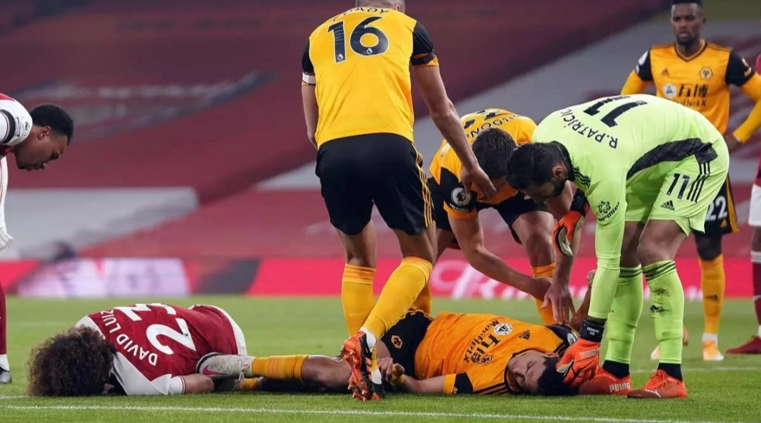 Wolves confirm Raul Jimenez has had surgery after suffering a fractured skull