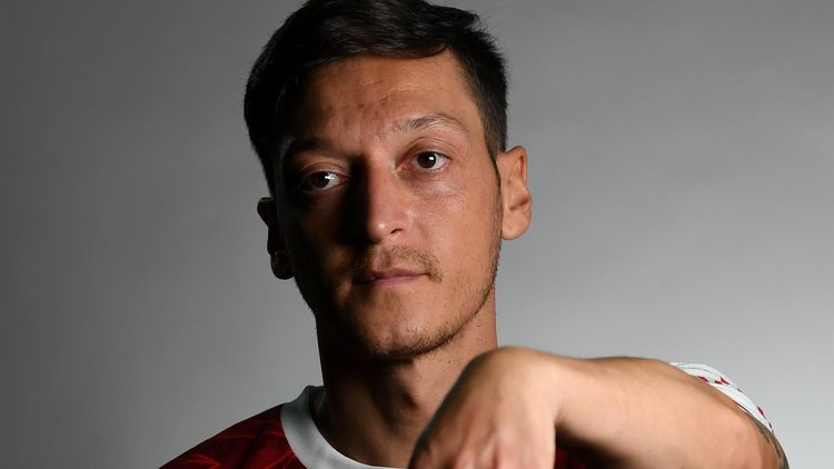 Mesut Ozil finally 'agrees 3-year deal' with Fenerbahce to end Arsenal career
