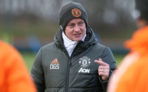 Solskjaer sends warning to Man Utd fans over summer signings
