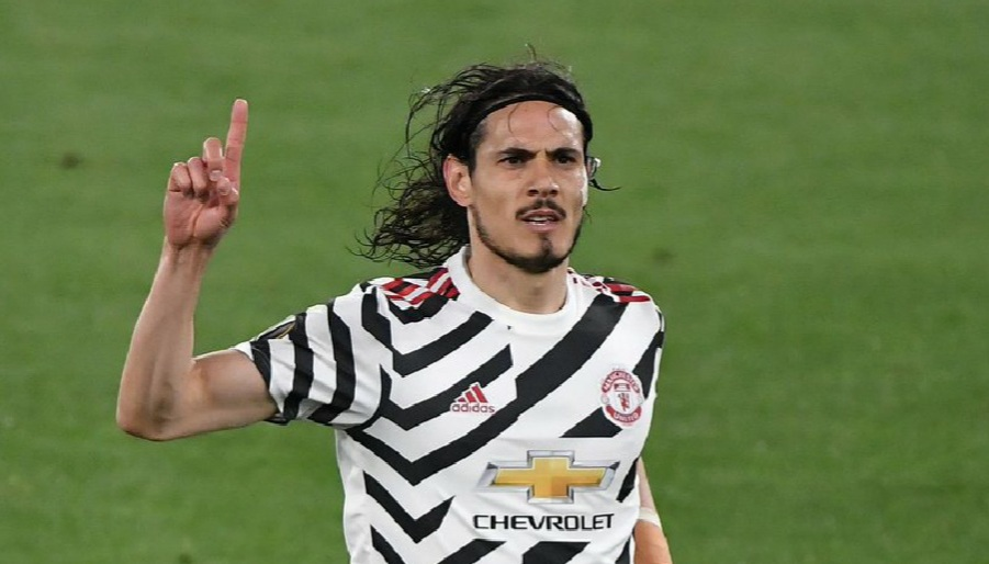 Solskjaer drops biggest hint yet over Cavani's future at Man Utd