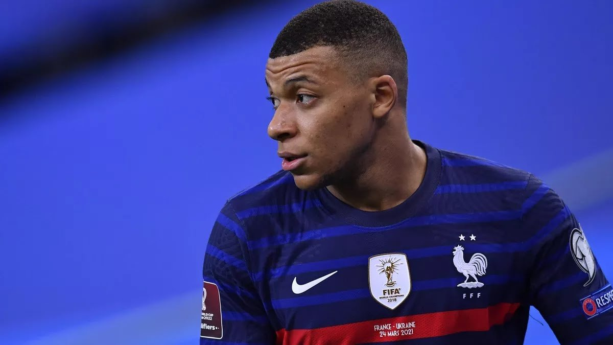 Kylian Mbappe sends message to PSG after Lille win Ligue 1