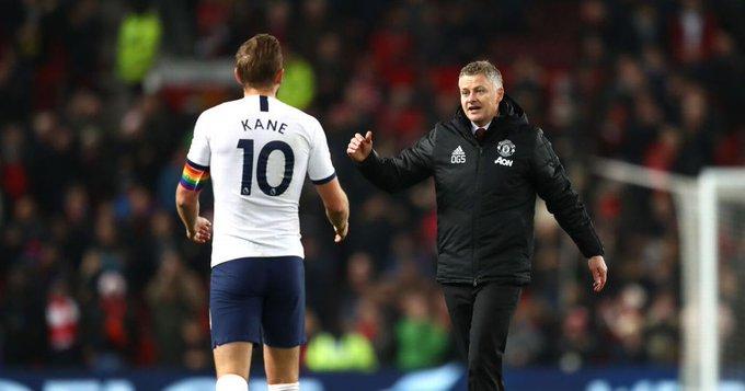 Solskjaer opens door to Harry Kane transfer despite Cavani extension