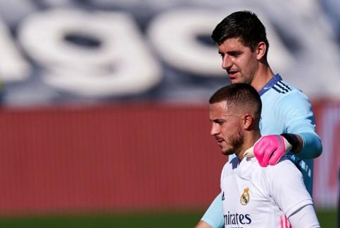 Courtois provides update on Eden Hazard's future amid Chelsea return