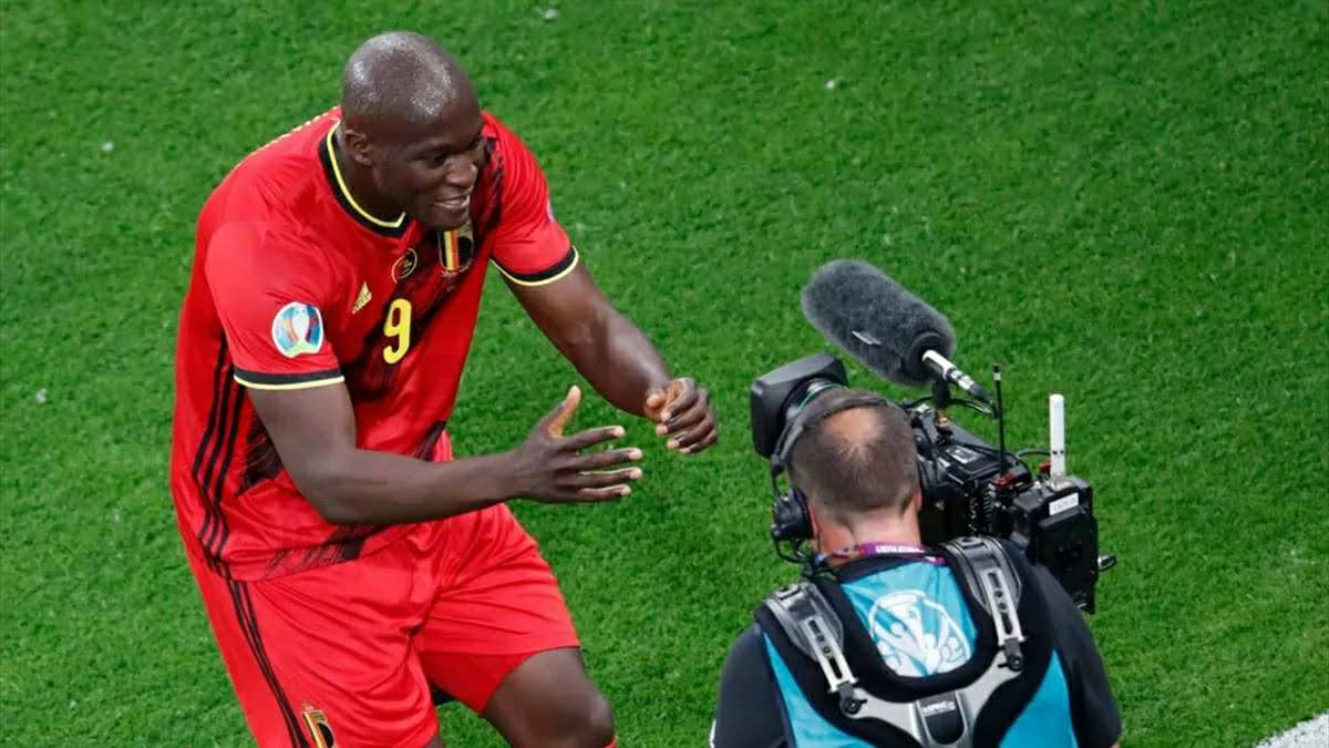 Romelu Lukaku pays touching tribute to Christian Eriksen after Belgium goal
