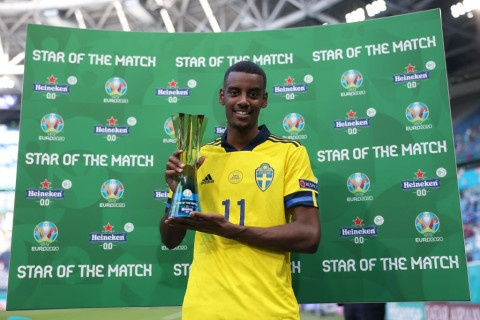 Chelsea join £60m transfer battle to sign Alexander Isak from Real Sociedad
