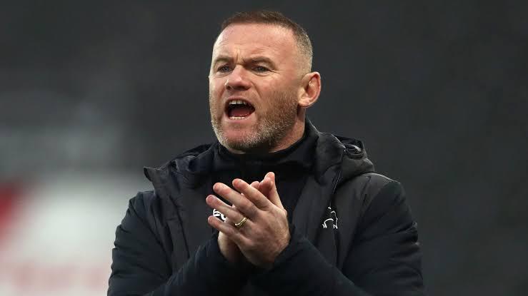 Wayne Rooney names N'Golo Kante as the best midfielder in the world