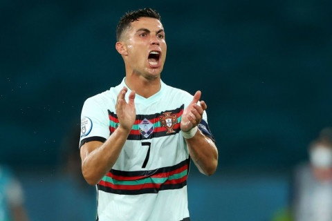 Cristiano Ronaldo makes transfer decision after talks held with Man Utd