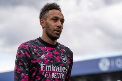 Barcelona respond to Arsenal's Aubameyang transfer offer