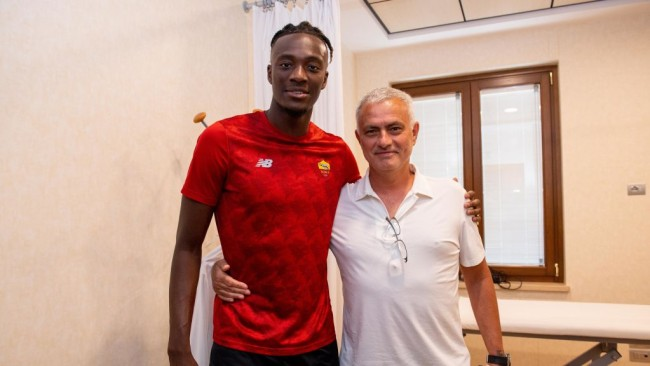 What Mourinho said to convince Tammy Abraham to snub Arsenal for Roma