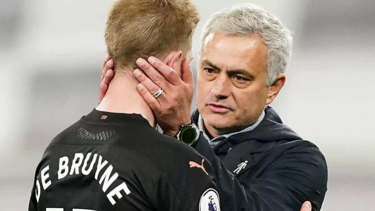 Former Chelsea coach explains why Lukaku, De Bruyne & Salah left under Mourinho